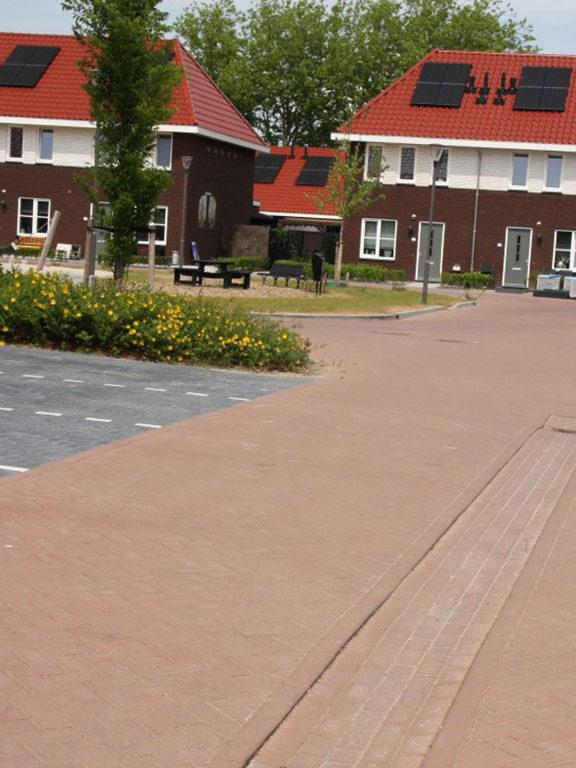 Betonnen bestratingsmaterialen volgens BRL K11002 geleverd in Barneveld